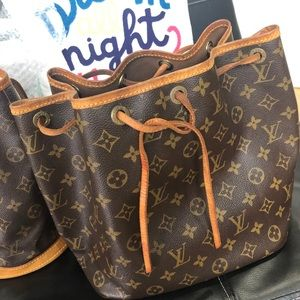 Lv bucket shoulder bag